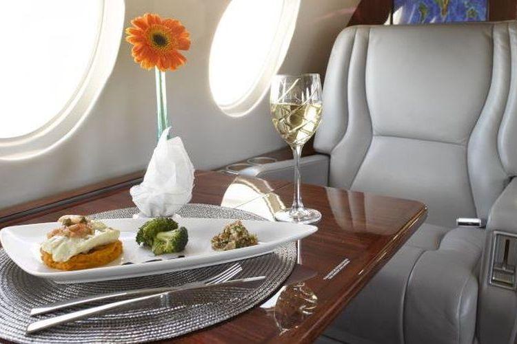 Falcon 50 Private Jet